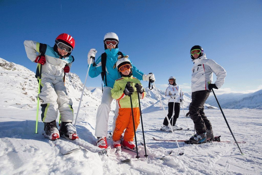 Ski-In-Ski-Out-Children-Skiing