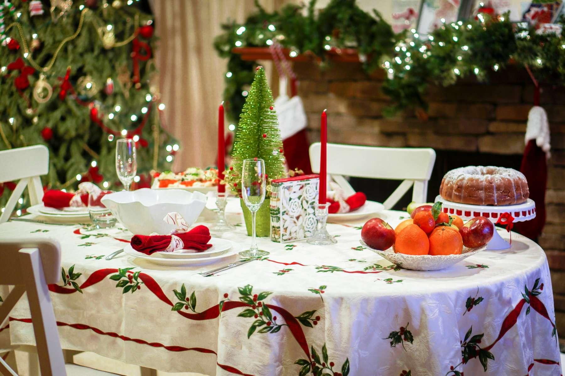 моих картинки новогоднего домашнего стола с едой известно