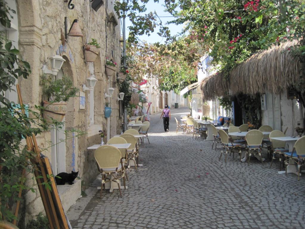 Улица старого Чешме