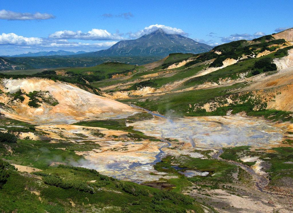 Где находится долина гейзеров на камчатке