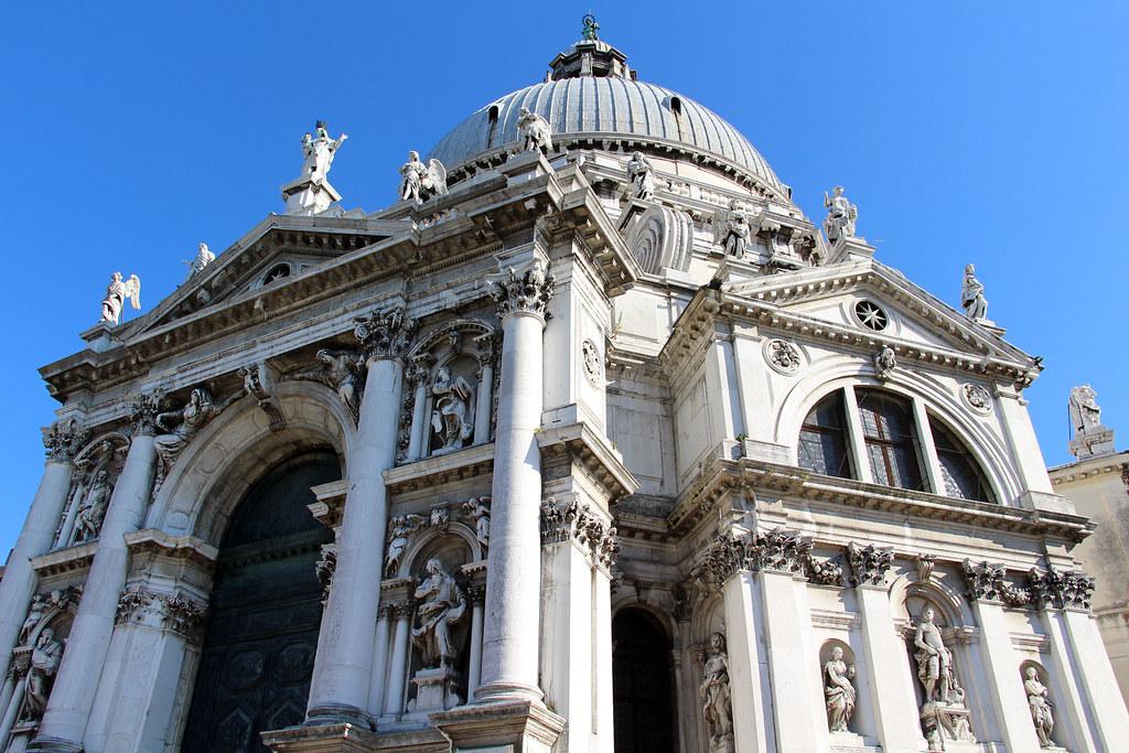 Церковь Санта-Мария делла Салюте