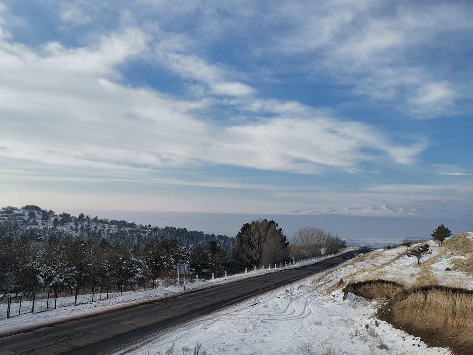 Пейзаж Армении зимой